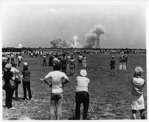 APOLLO 16  - View of Apollo 16 Launch