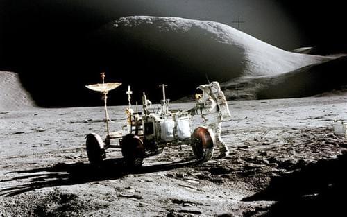 Nasa apollo 15 eva photos Mscl-74 Rover at landing site