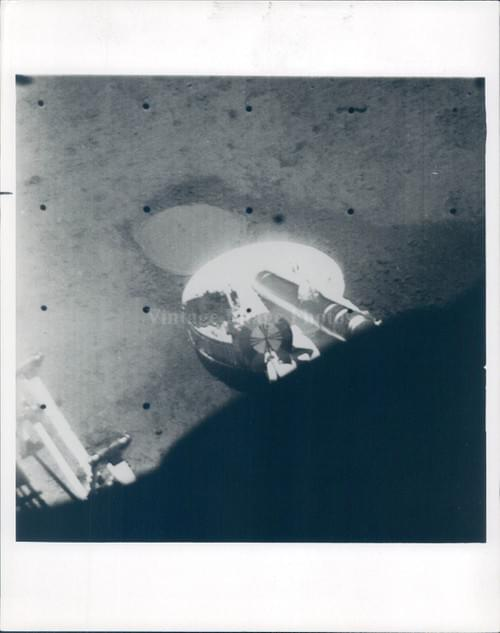 NASA original photo of the foootprint on the surface  of the Moon by Surveyor 3 (1967)