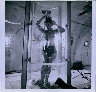 Vintage original Nasa : Astronaut shower
