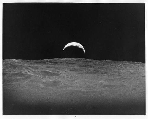 APOLLO 12 / Orig NASA 8x10 Press Photo - View of Earthrise from Lunar Orbit