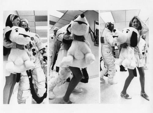 APOLLO 10 / Orig NASA 8x10 Press Photo - Astronaut Cernan and Secretary