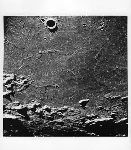 APOLLO 10 / Orig NASA 8x10 Press Photo - Close View of Moon