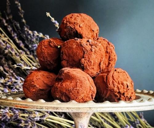 Handcrafted Dark Chocolate Truffles with Hazelnuts, no sugar added