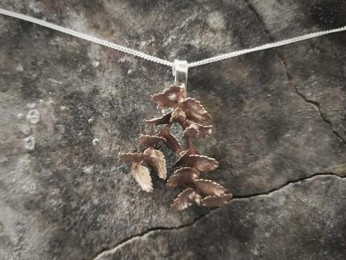 Mytle leaf two twig pendats