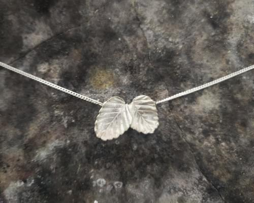 Fagus beech two leaved necklace