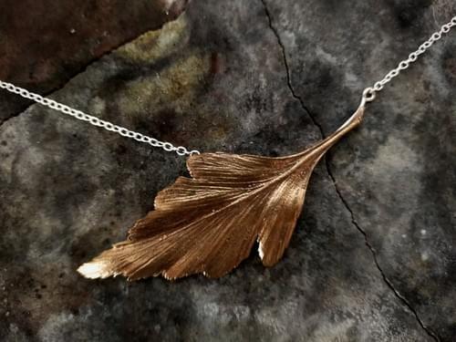 Celery top pine bronze leaf necklace