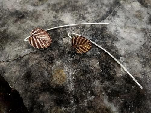 Fagus leaf thread earrings