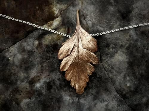 Celery top pine large leaf necklace