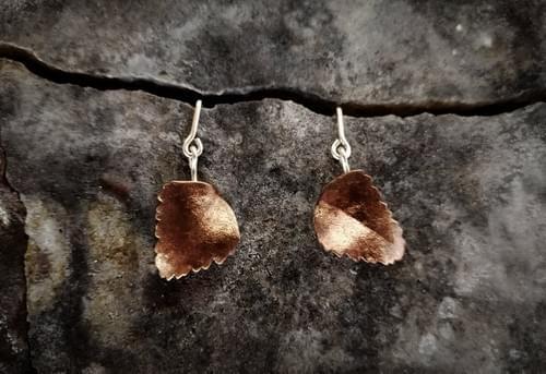 Myrtle beech articulated stud earrings