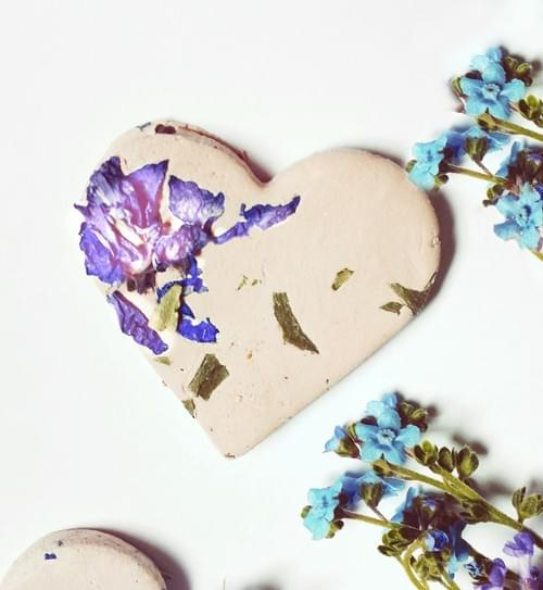 100 Botanical Seed Bomb Heart for wedding and party favors and Cards USA