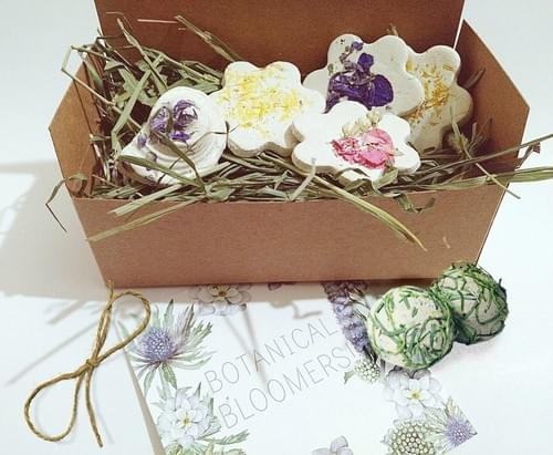 "BFF Gift, ""I miss You"" Gift Box of Seed Bombs Pretty Gardening with Wildflowers"