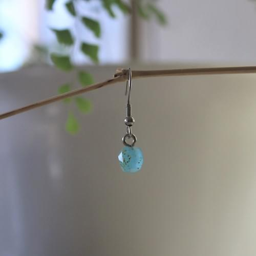 *glow*~*~*jewel epoxy bobble earring