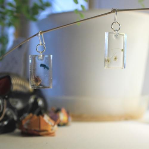 abstract flower rectangle earrings