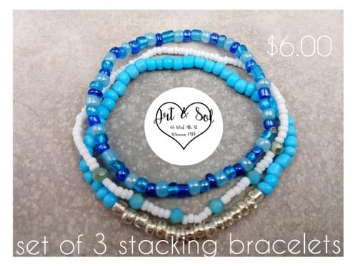 Set of 3 stackable bracelets