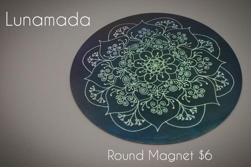 Round Magnet by Lunamada