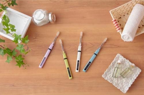 光媒体の効果で、歯磨き粉なしでも歯垢が取れる「歯ブラシ」SOLADEY(ソラデー)
