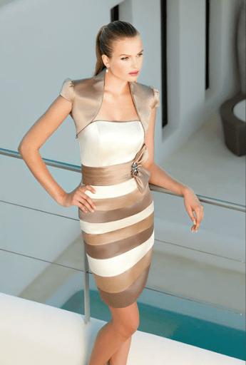 Vestido Sonia Peña con Torera talla 44 color beige y dorado