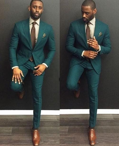 Traje caballero verde.