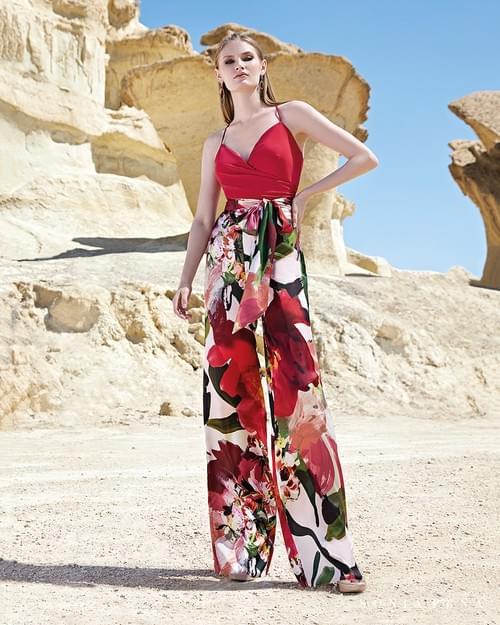 Conjunto Sonia Peña rojo floral T/40.  1200136