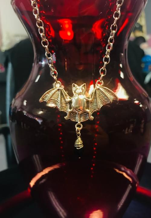 Bat necklace black stone