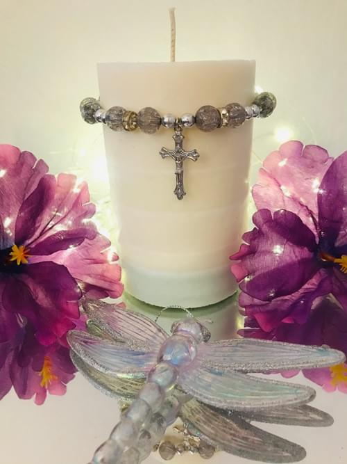 5 Layer Pillar Candle With Bracelet