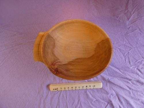 Applewood shallow one-handled Porringer