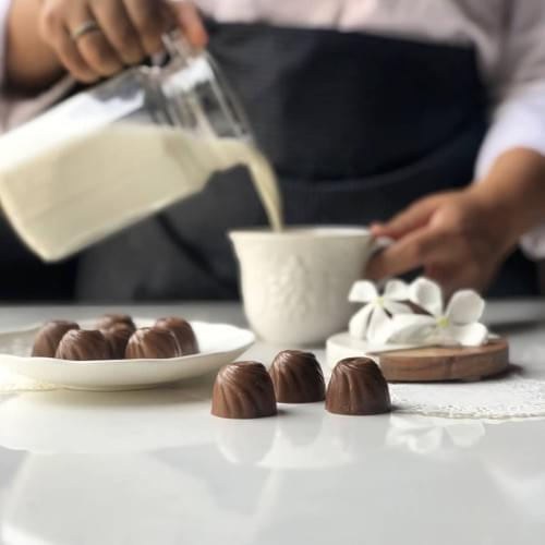 Milk Lemongrass Bonbons