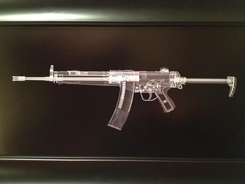 HK 33