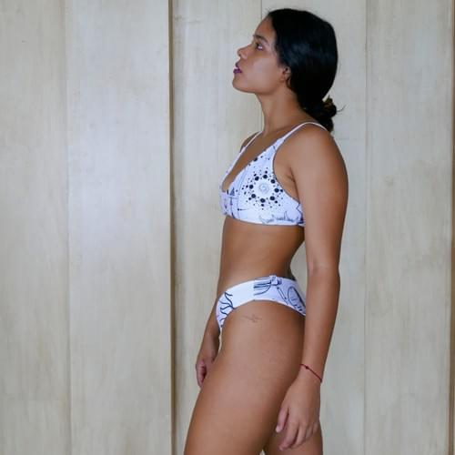 bikini set doble vista espacial blanco con negro  blanco