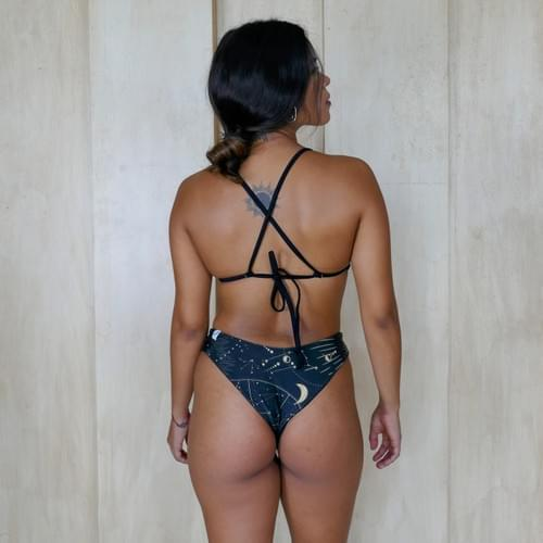 bikini set top triangulo, doble vista negro con dorado   negro