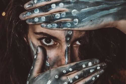 Atelier yoga primitif & olfactif : les yeux bandés (Frontignan - 34)