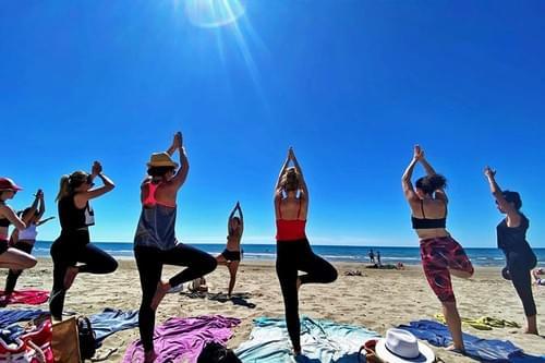 Yoga matinal à la plage (Carnon - 34)