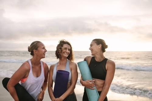 Yoga sur la plage (Le Grau-du-Roi- 30)
