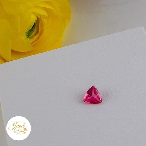 《ルース》ピンクスピネル(トリリアント)