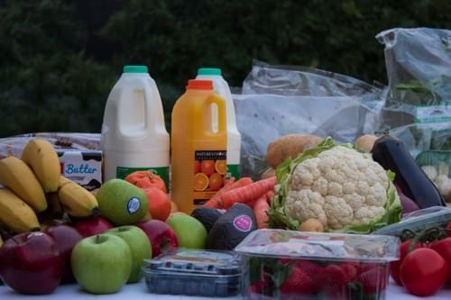 Large Fruit & Veg Box with Essentials