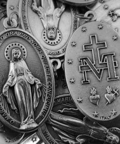Miraculous Medals ( Latin )