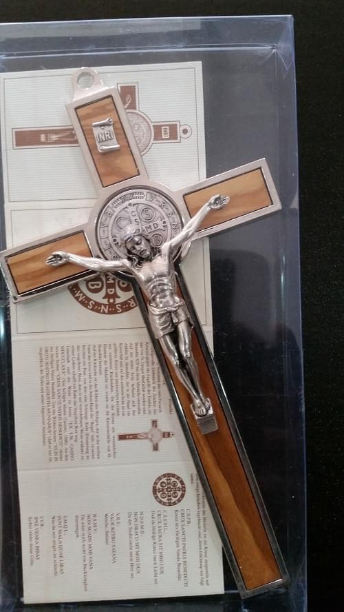 Olive Wood Saint Benedict Crucifix, 18.5cm ( Italy )