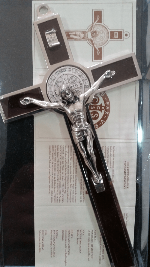 Brown Saint Benedict Crucifix , 18.5cm ( Italy )