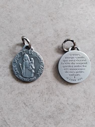 Medal of Our Lady of Safe Custody, Bonne Garde. ( Antique Tin )