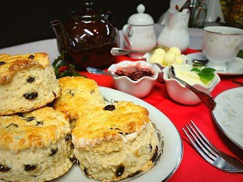 The Brightonshire cream tea (Serves 4-6 people)