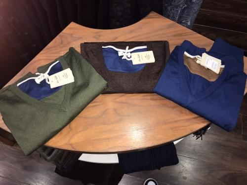 Van Gils V-Neck Jumpers
