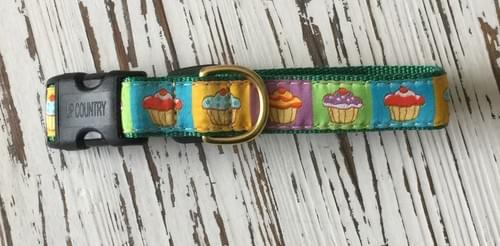 UP COUNTRY CUP CAKE  COLLAR S