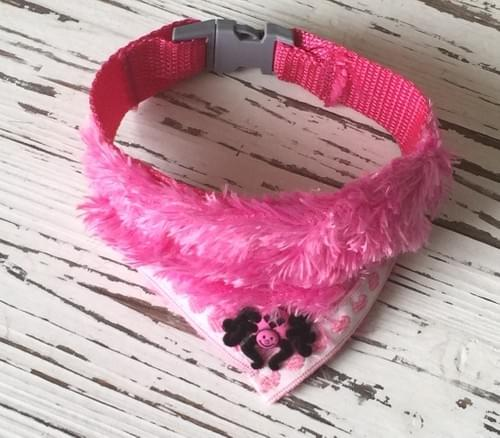 Furry Spider Scarf Collar