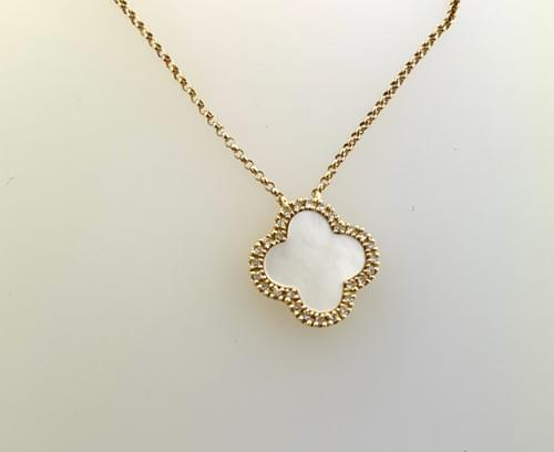 Clover Style Necklace