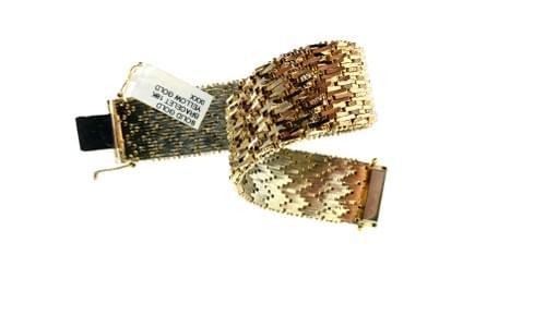 Thick Gold Flexible Bracelet
