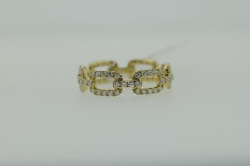 Diamond Chain-Style Link Ring (Oval)