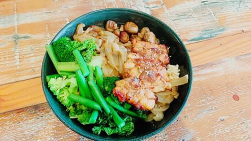 LOTUS BOWL WITH CHICKEN