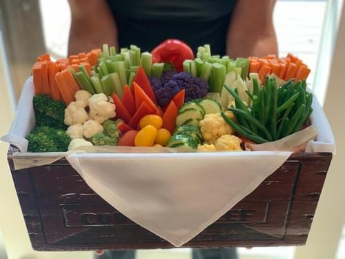 French Crudité (includes 1 Dip)