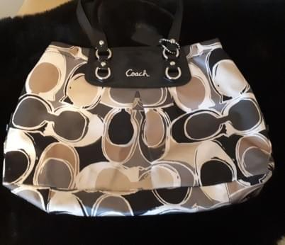 Women's Coach Handbag